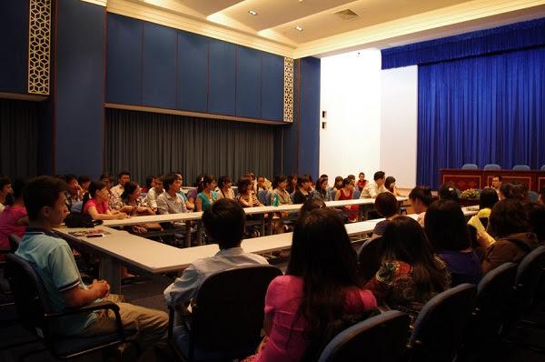 Rất đông các VCers tham gia buổi đoạ đàm tại Hội Trường
