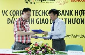 VCCorp bắt tay Techcombank phát triển thương mại điện tử