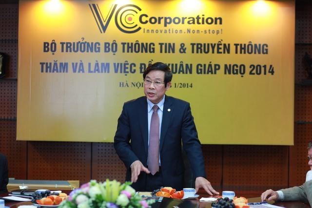 Việc trở thành công ty cung cấp dịch vụ ứng dụng CNTT hàng đầu trong top 5000 công ty tại Việt Nam hiện nay cũng đã chứng minh rằng, VCCorp đã đi đúng hướng bằng chính trí tuệ của mình. - Bộ trưởng Nguyễn Bắc Son nhấn mạnh.